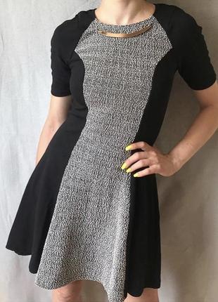 18ac270cad5 Плотное черно белое платье с юбкой солнце