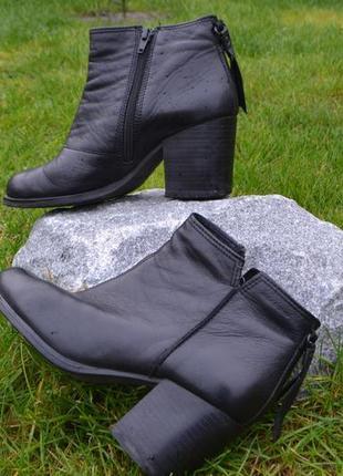 Кожаные женские ботинки  vagabond