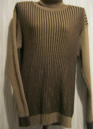 Очень теплый свитер-гольф в резинку
