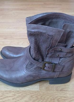 Новые кожаные ботинки nero giardini 38 размера