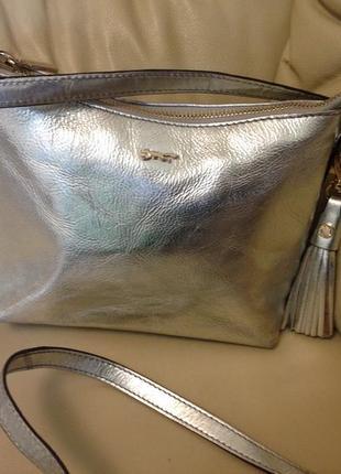 Стильная серебристая 👜 сумочка с натуральной кожи