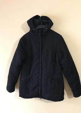 Тёплая чёрная куртка jennifer