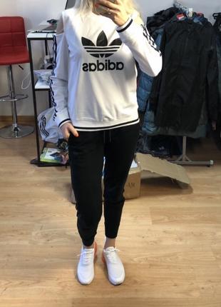 Джемпер adidas.оригінал s