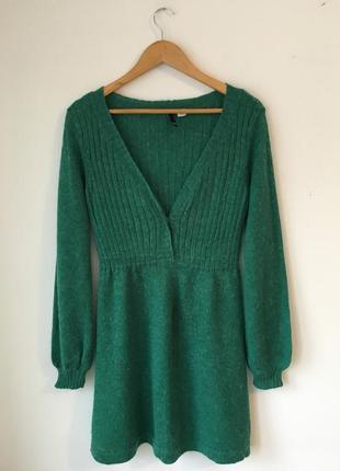 Тёплое платье изумрудного -цвета