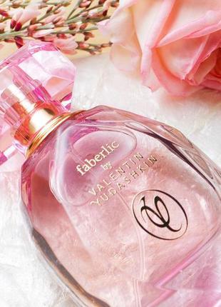 Парфюмерная вода faberlic by valentin yudashkin rose