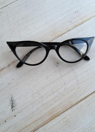 Шикарные имиджевые очки кошки