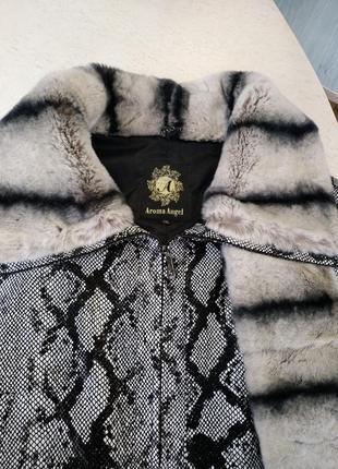 Кожаная куртка с мехом2 фото