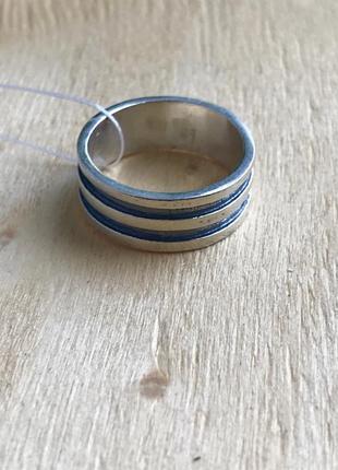 Кольцо серебро 925 пробы р. 18 принцип 1033
