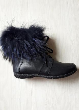 Зимние кожаные ботинки,сапоги,полусапожки,натуральный мех, с опушкой