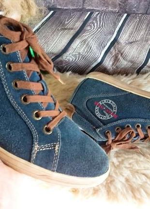 Ботинки из натуральной замши marco tozzi.