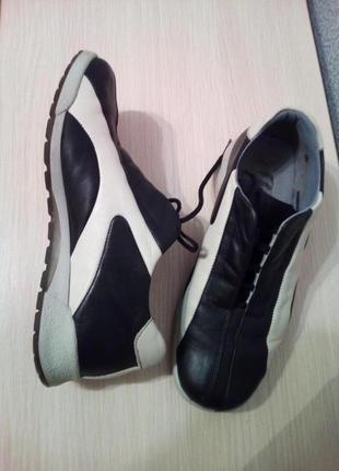 Bata,  кожаные кроссовки,  36 р.