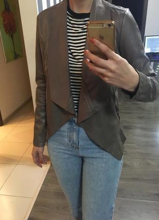 Кожаная курточка reserved  эко-кожа косуха