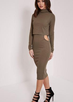 Бандажное миди платье с вырезами по бокам
