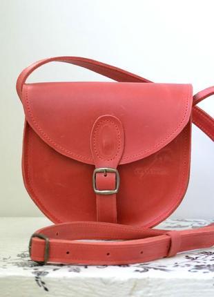 Женская сумка с магнитом из натуральной кожи