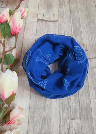 Стильный красивый шарф biotherm
