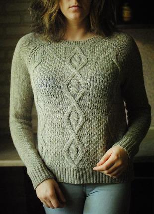Теплый вязаный свитер с золотой ниткой  h&m