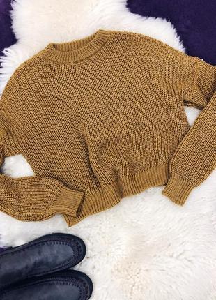 Стильный укороченый свитер горчичного цвета в наличии