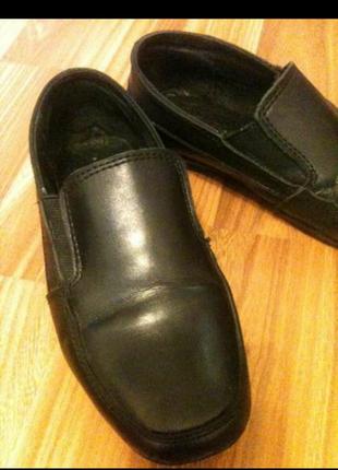 Кожаные туфли р.32