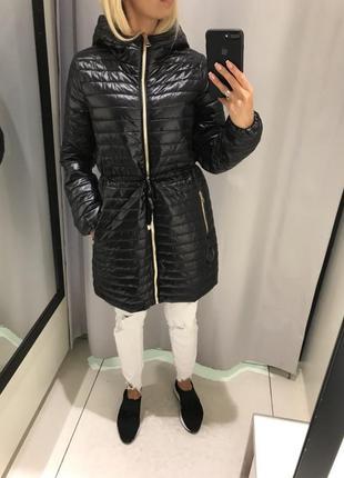 Чёрное стёганое пальто удлинённая куртка курточка на синтепоне. reserved.