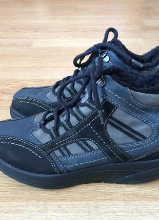Кожаные ботинки medicus германия 36,5 размера в состоянии новых
