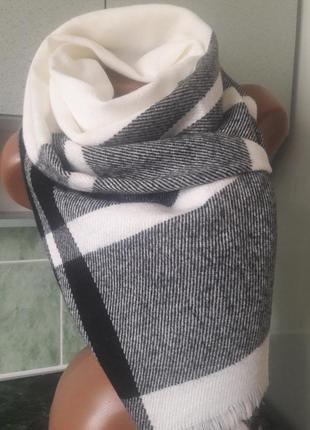 Стильный и модный шарф-оверсайз