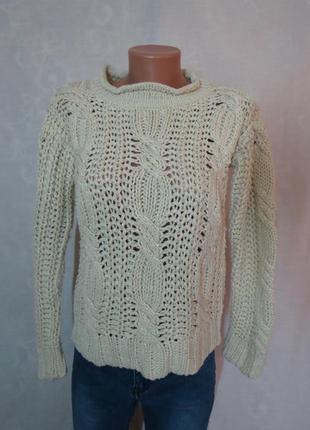 Бежевый свитер от atm