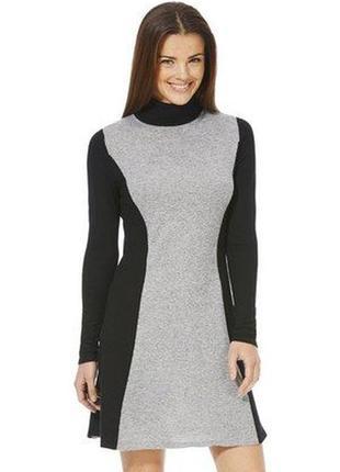 Фирменное теплое, ну ооочень приятное платье гольф с высоким воротником