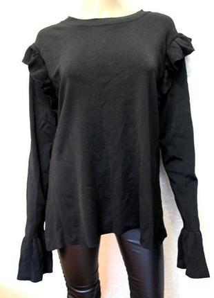 Фирменный свитер с рюшами