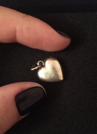 Серебряные сердечко