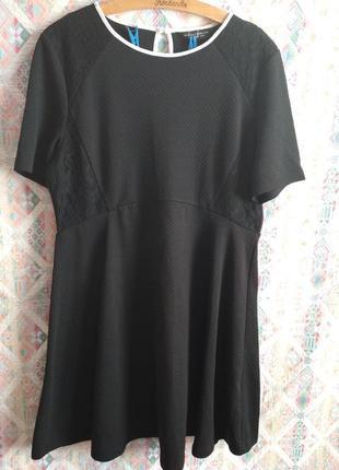 Платье фактурное с кружевными вставками большой размер