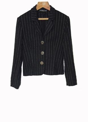 Стильный черный пиджак в полоску из велюра
