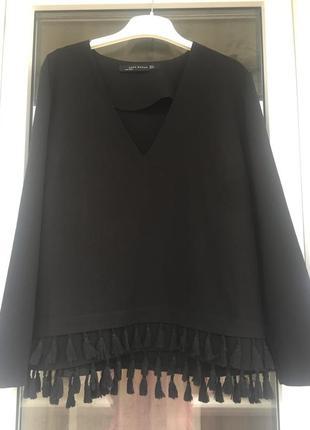 Zara красивая плотная блуза с кисточками с-м