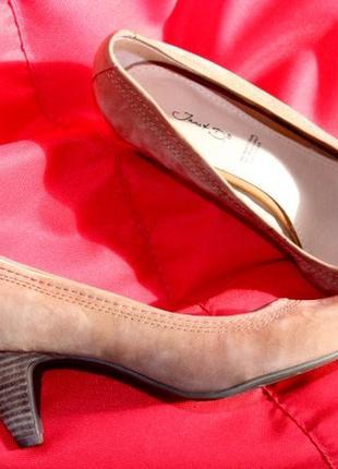 Великолепные туфли лодочки janet d. р.39.