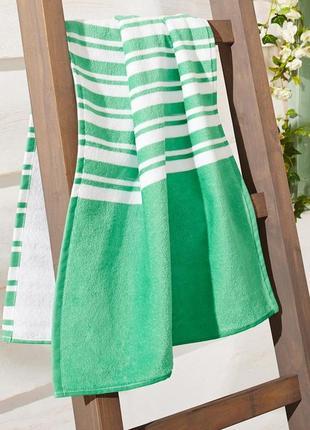 Махровое хлопковое полотенце от тсм чибо (tchibo),  размер 53 см x 100 см,71 смx 141 см