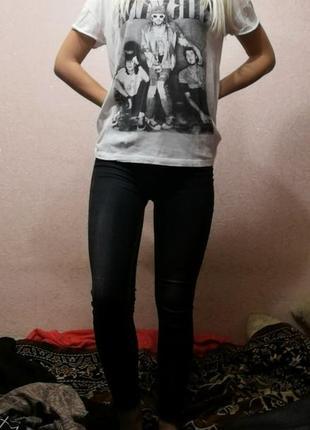 Белая футболка с принтом nirvana, kurt cobain