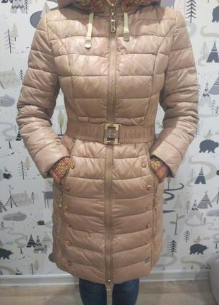 Зимний пуховик-пальто аiligess бежевый