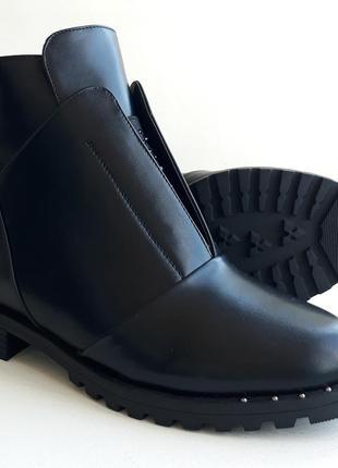 Жіночі зимові напівчобітки ( полусапожки, ботинки ) розмір 37, 38, 40.