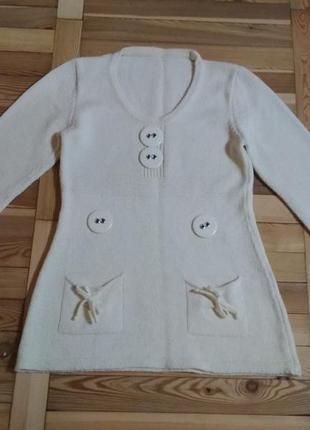 Кофточка,свитер для девушки.