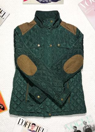 Зеленая стеганная куртка fittiway