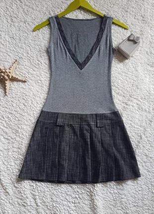 Школьное платье-сарафан