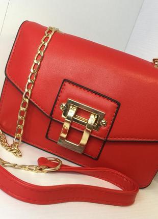 Красная сумка сумочка клатч на цепочке длинной ручке