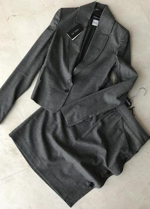 Шерстяной стильный костюм, оригинал