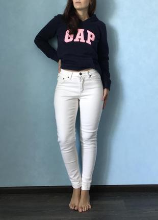 Бклык джинсы с высокой посадкой