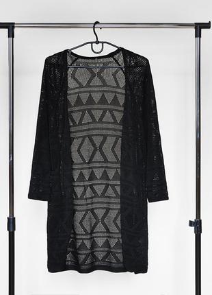 Вязанный кардиган накидка от new look черного цвета с узором1 фото