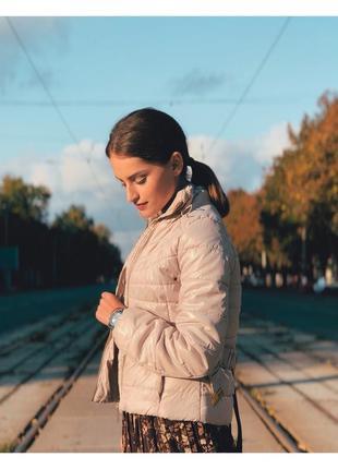 H&m xs s размер бежевая куртка с поясом на синтепоне демисезонная