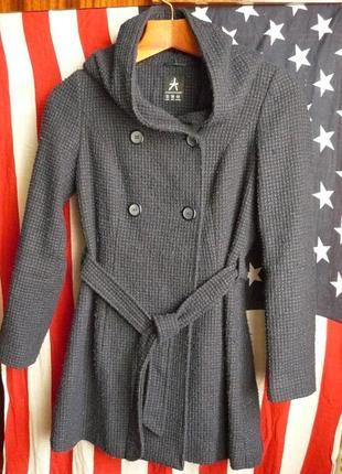 Пальто с капюшоном демисезонное от atmosphere