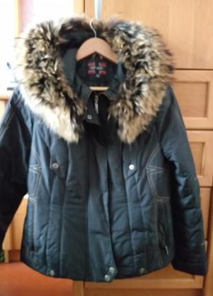 Зимняя куртка,  теплая,  удобная
