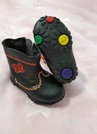 Чопики,ботинки,пинетки