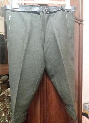 Подарок при покупке....теплые шорты-бриджи--12-14р