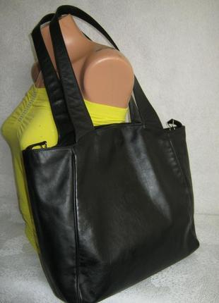 Итальянская кожаная сумка 39/32х33х8 две длинные ручки через плечо